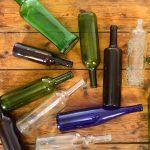 почему пустые бутылки не ставят на стол