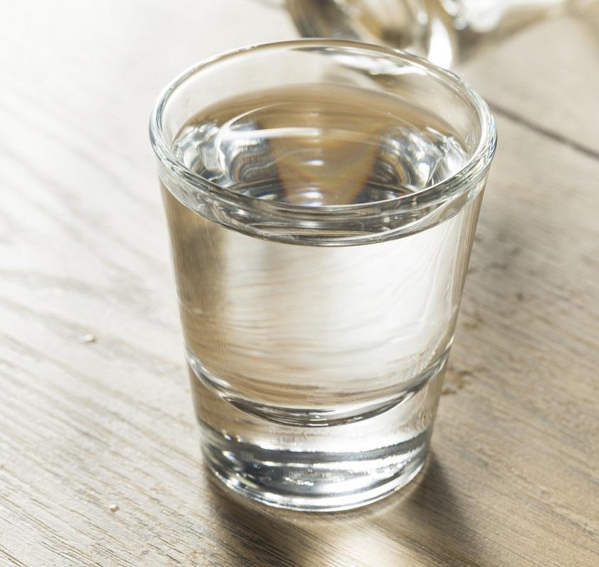 фото водки из нефти