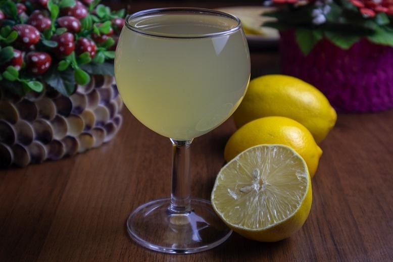 фото домашнего вина из лимонов
