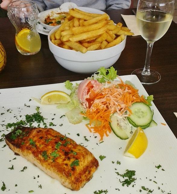 рыба с белым вином фото