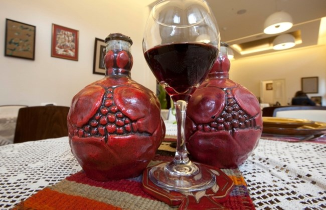 армянское гранатовое вино фото