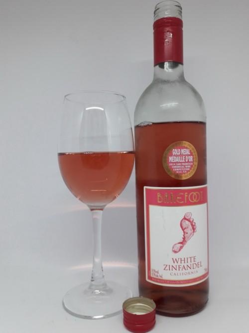 белое вино Зинфандель фото