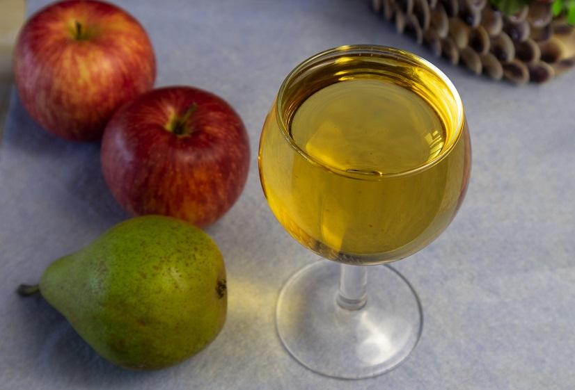 домашнее вино из яблок и груш фото