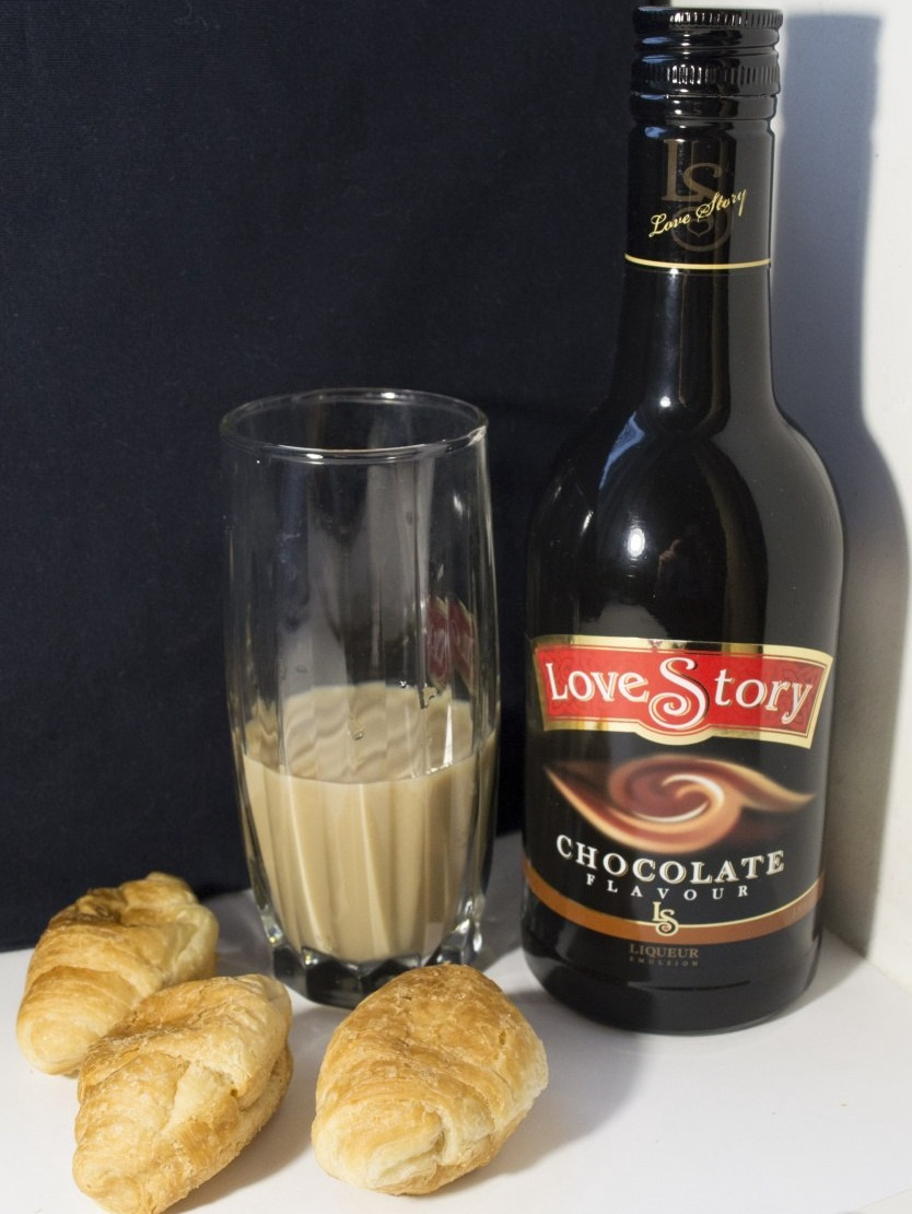 шоколадный ликер Лав Стори фото