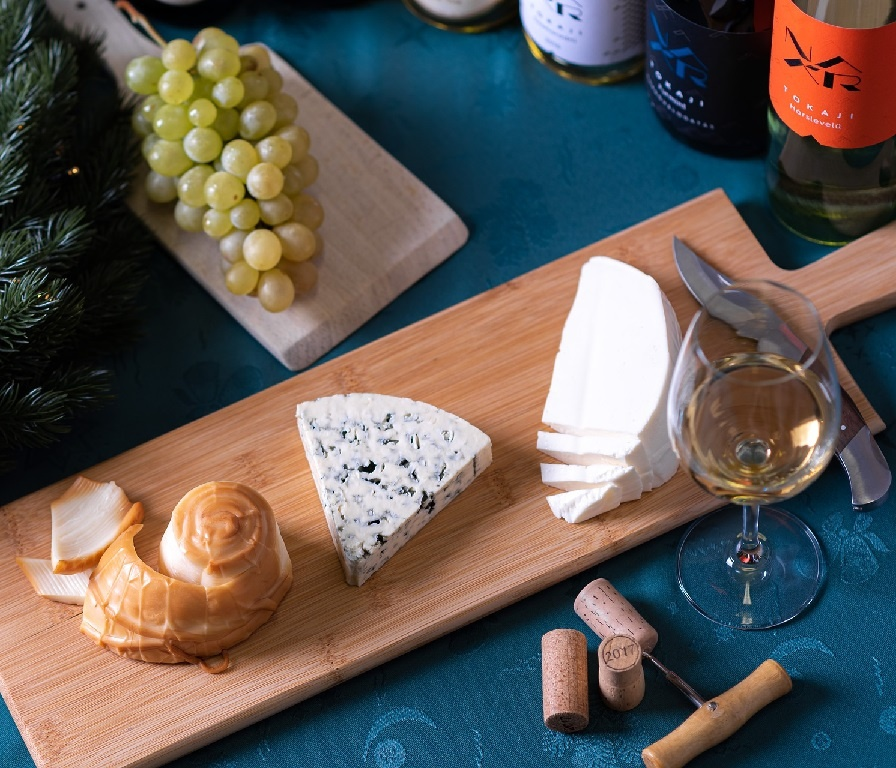 сыр под белое вино фото