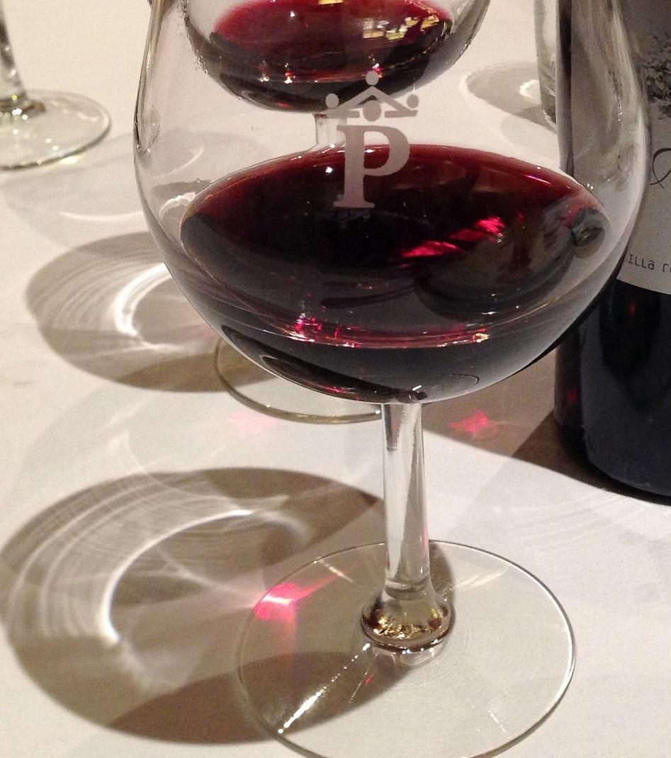 красное вино Темпранильо фото