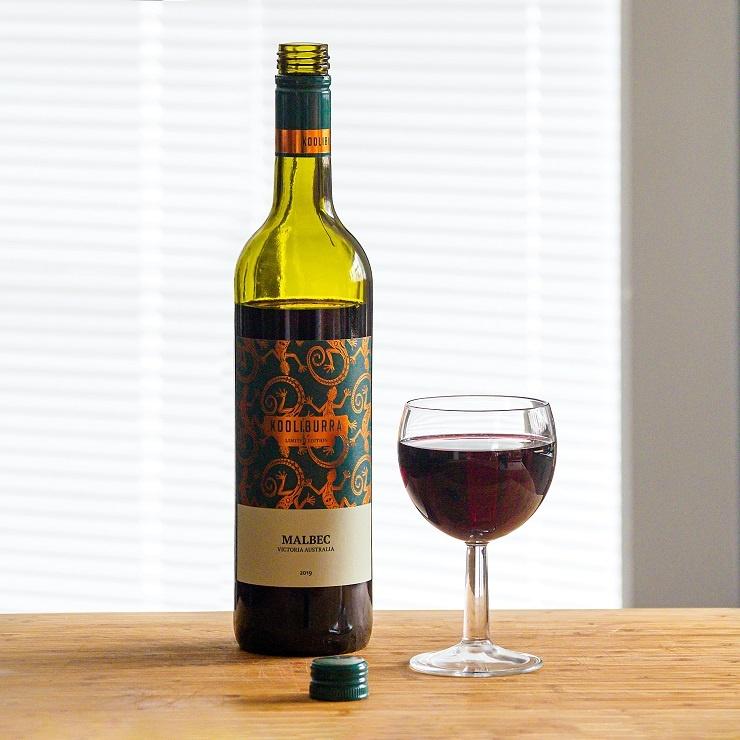 бутылка аргентинского вина Мальбек фото