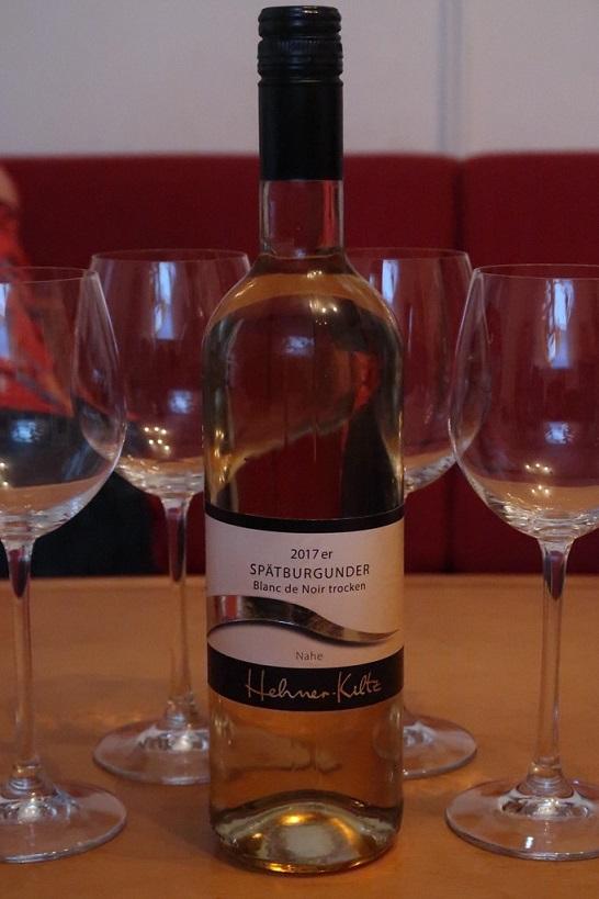 белое вино Шпетбургундер фото